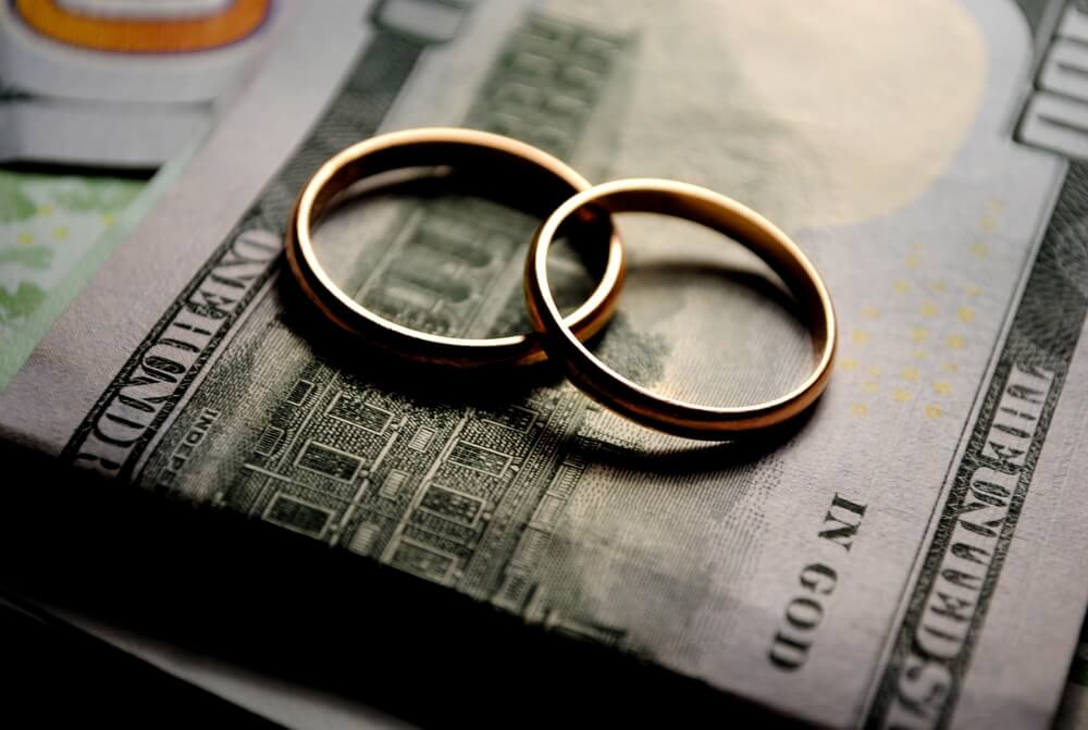 Divorce Mistake #9: Creating New Expenses for Yourself